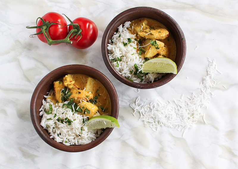 Kuku Paka ( East African Style Chicken in Coconut Curry)