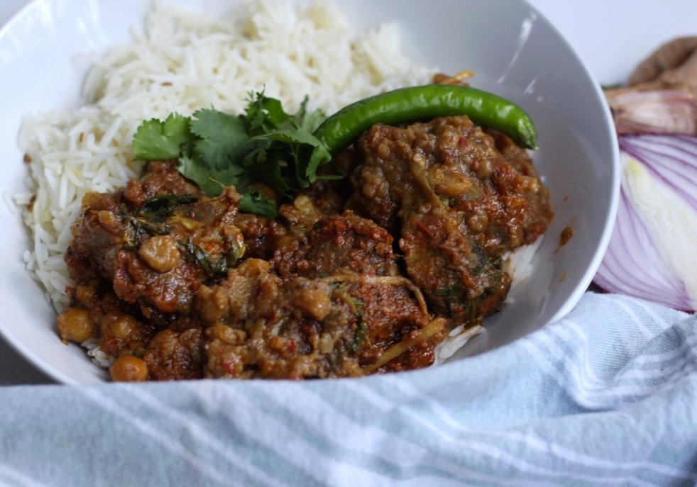 20-Chana and Meat Curry-3